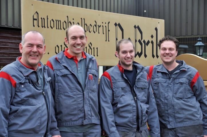 team, monteurs, garage de brik, molenaarsgraaf